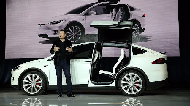 Tesla Will Have Your Own Music Streaming Service?