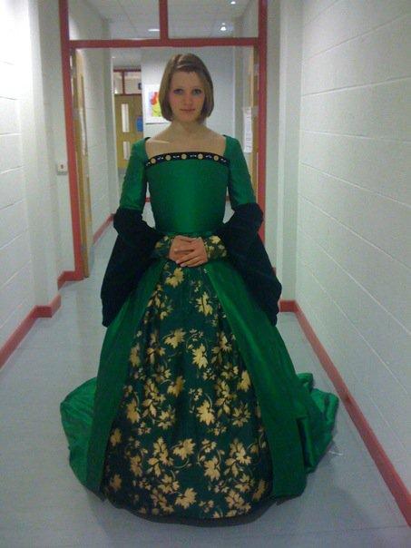 georgi u0026 39 s costumes  anne boleyn
