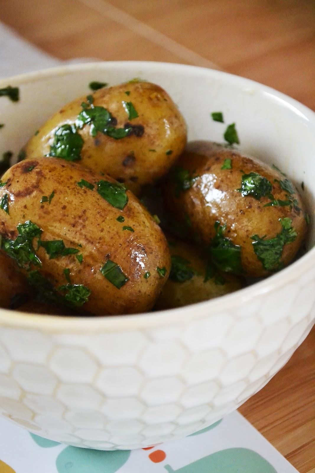 J 39 ai toujours aim le jaune moutarde pommes de terre au beurre et la menthe - Pomme de terre germee comestible ...