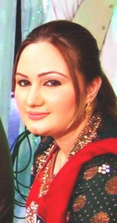 Pashto Film Drama Actress ,Singer Musarrat Mohmand -2755