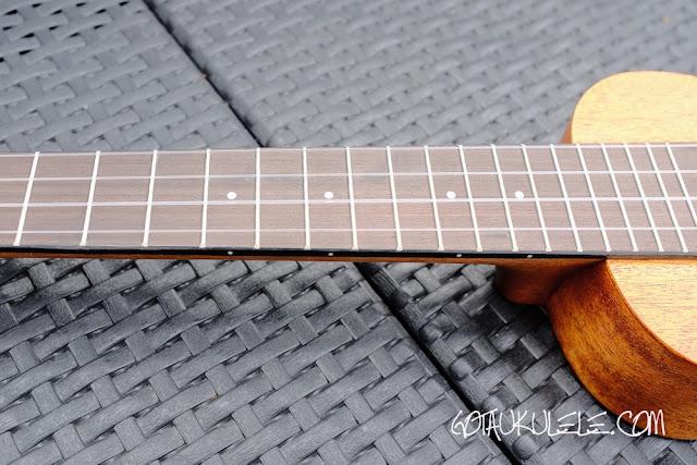 Shima JS Wideneck Soprano Ukulele fingerboard
