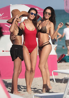 Julia-Pereira-and-Daniela-Albuquerque-in-Bikini-2017--04+%7E+Sexy+Celebrities+Picture+Gallery.jpg