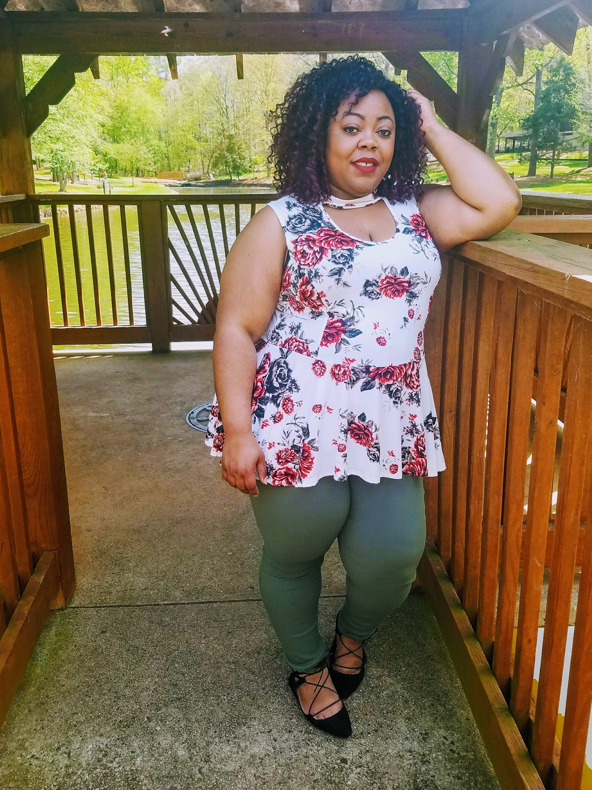 Lane Bryant flats, Rainbowshops jeggings and blouse, natural hairstyle, MAC cosmetics.