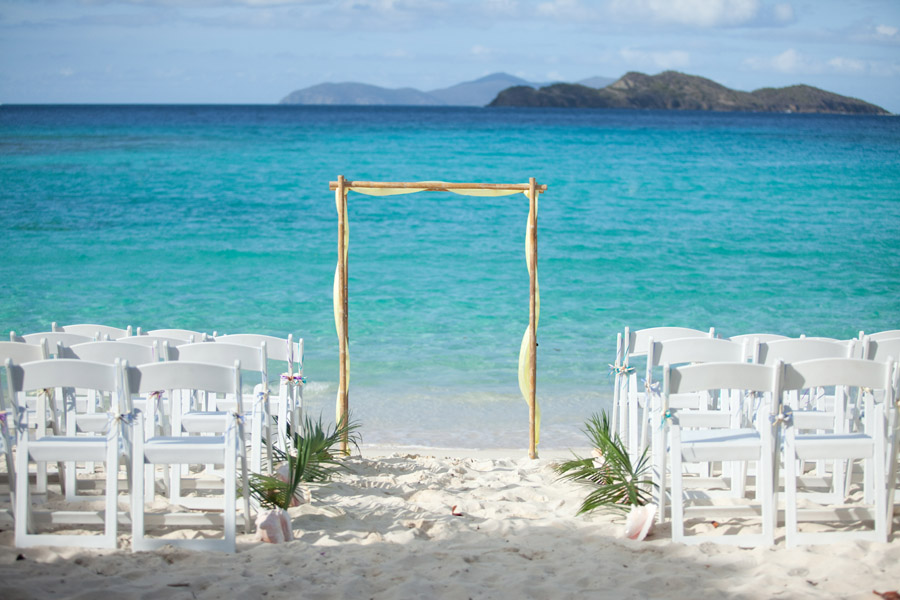 Chantal Brian Enjoyed Their Destination Wedding May 1st On Lindquist Beach St Thomas The Photos Below Were Taken By S Best Man