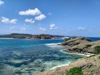Bukit-Merese-Tanjung-Aan