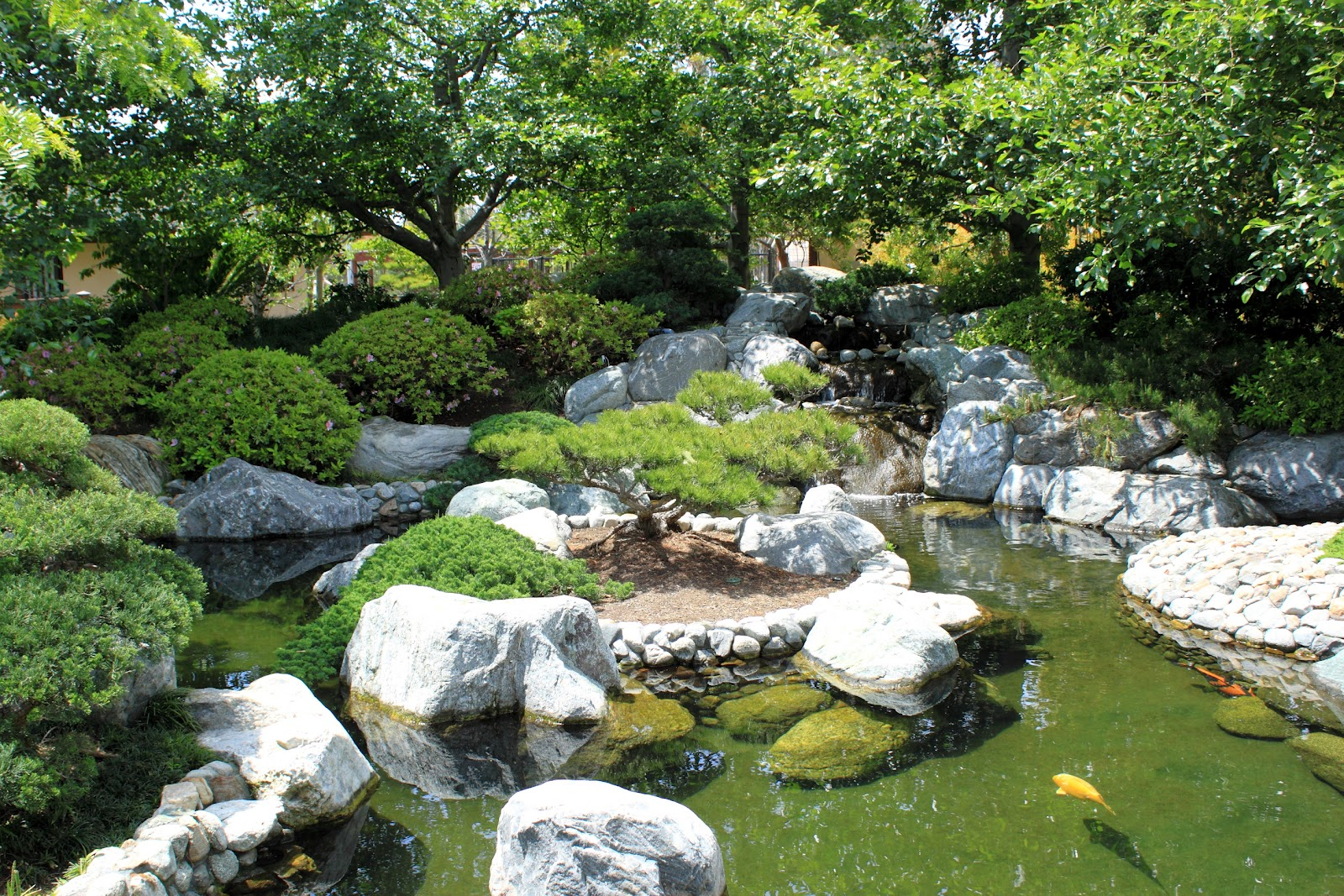 Beautiful japanese garden wallpapers for Garden pond design
