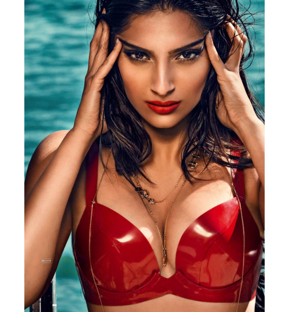 Sonam Kapoor Hot Cleavage & Bikini