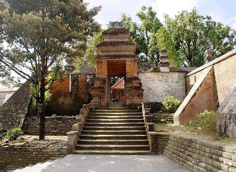 Kompleks Makam Pasarean Mataram dan Masjid Besar Mataram
