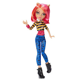 MH A Pack of Trouble Howleen Wolf Doll
