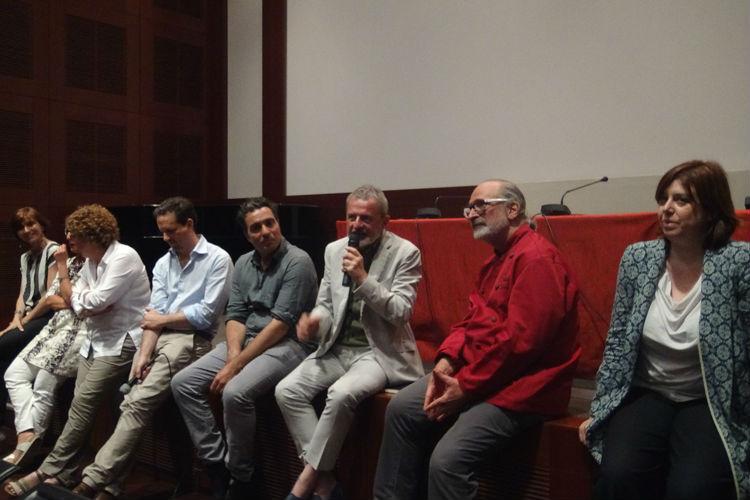 Luca Avoledo e gli altri partecipanti al dibattito sulla dieta vegana