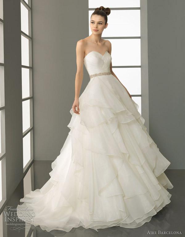 aire barcelona wedding dresses 2012 bridal wears. Black Bedroom Furniture Sets. Home Design Ideas