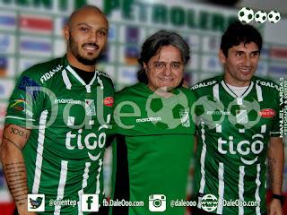 Oriente Petrolero - Maximiliano Freitas - Jose Ernesto Álvarez - Ronald Raldes - DaleOoo.com página Club Oriente Petrolero