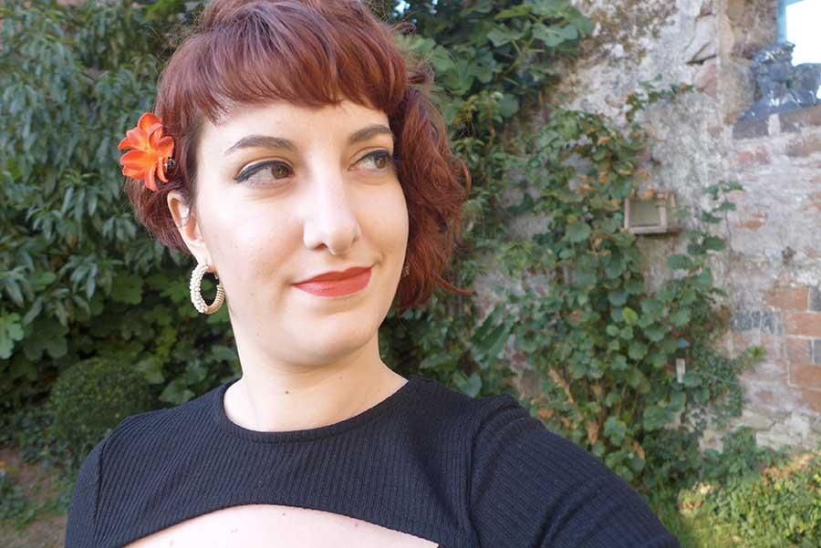 make up pin up rockabilly, short haircut