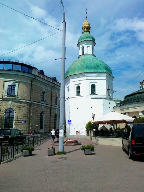 Угловая церковь Печерской лавры
