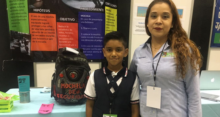 Borderland Beat Tamaulipas 11 Year Old Boy Creates A Bulletproof Backpack For School Science Project