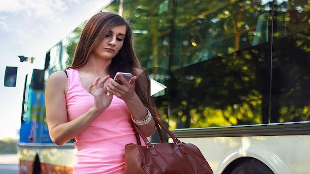 Smartphone Purchase Guidelines in Hindi Urdu