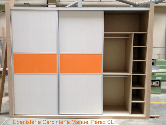 Ebanisteria carpinteria manuel perez zaragoza armario a medida con puertas correderas en - Armarios a medida en zaragoza ...