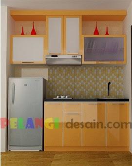 Kitchen Set Minimalis Mungil dengan tempat kulkas