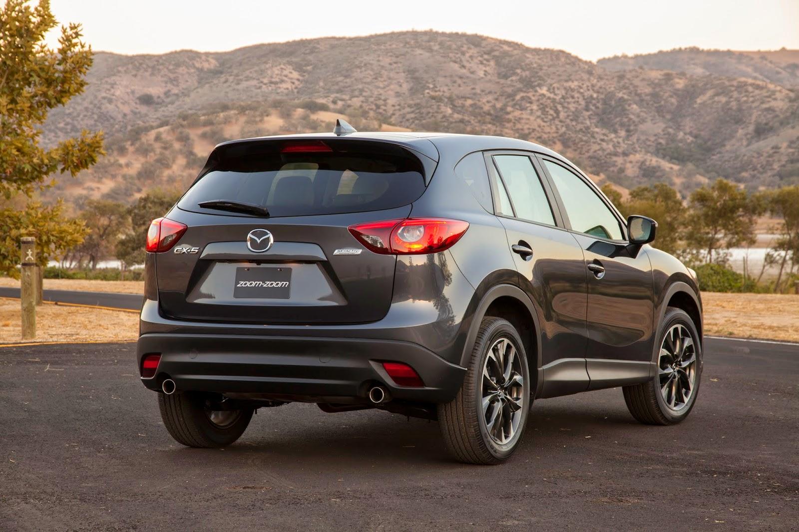 Rear 3/4 view of 2016 Mazda CX-5