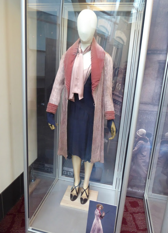 Queenie Goldstein Fantastic Beasts film costume