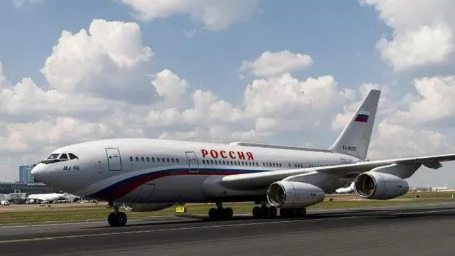 Pesawat jet IL-96-300PU milik Presiden Rusia Vladimir Putin.