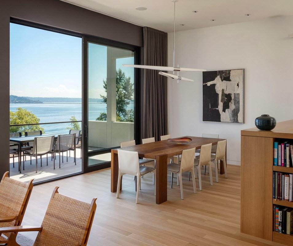 Ruang Makan Modern Dengan Dinding Kaca - Majalah Rumah