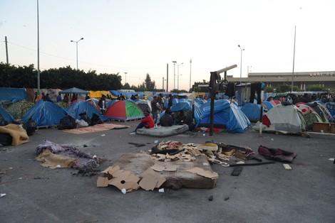 """الجهوية 24 - مخيم جنوب صحراويين بـ""""أولاد زيان"""" يخدش صورة المغرب الحقوقية"""