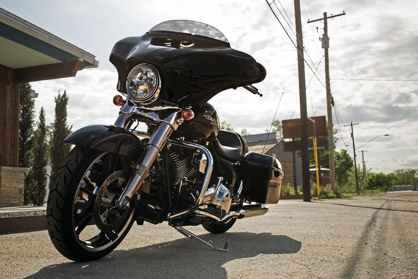 Harley-Davidson Touring Workshop Service Repair Manual 2016 on