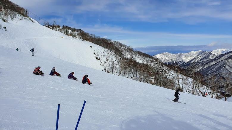 新手雪道的景色