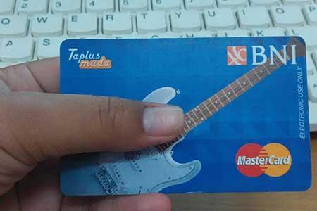 Berapa Lama Pembuatan Kartu ATM BNI Taplus Muda Dengan Foto Sendiri?