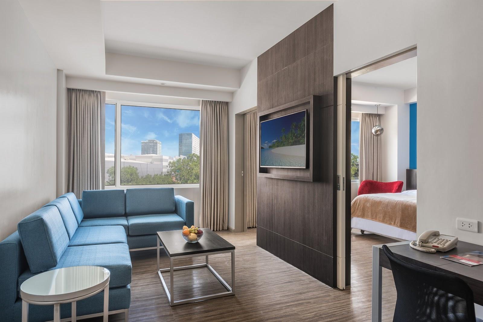 Park Inn by Radisson Iloilo Suite Room