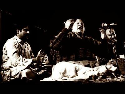 Jis Simt Bhi Dekhu Nazar Ata Hai Key Tum Ho Ghazal by Nusrat Fateh Ali Khan