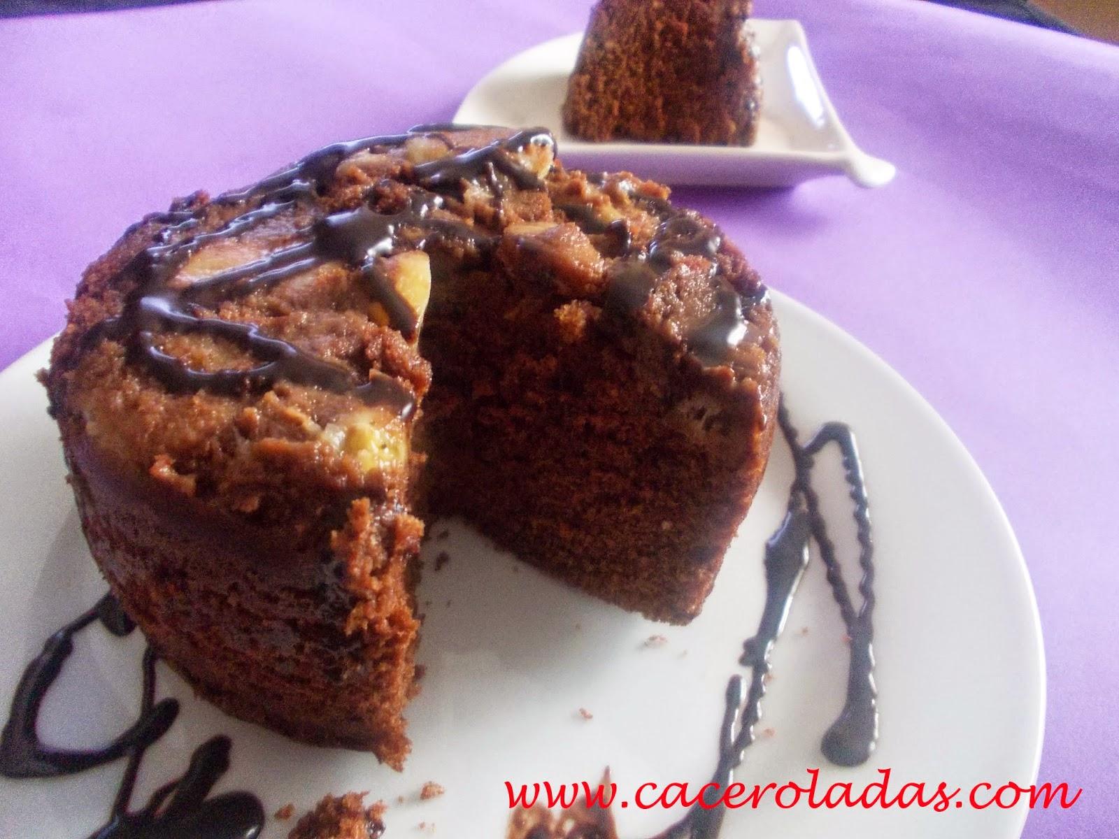 Bizcocho de chocolate y plátano (microondas)