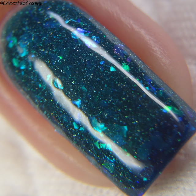 Dreamland Lacquer - Far From The Shallow Now