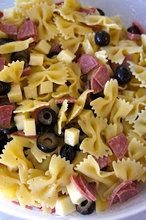 Italian Pasta Salad: Savory Sweet and Satisfying