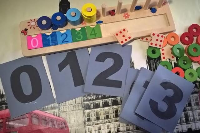 numeri e bambini scuola infanzia