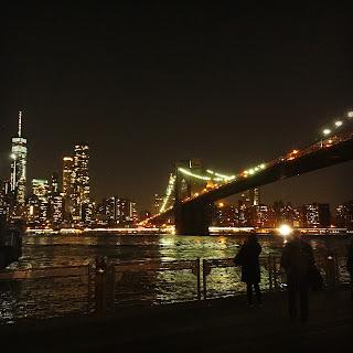 Skyline de Manhattan desde el DUMBO