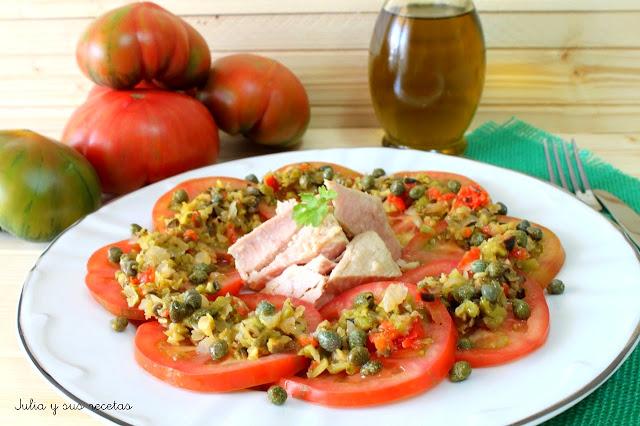 Ensalada de tomates raf con vinagre de encurtidos. Julia y sus recetas
