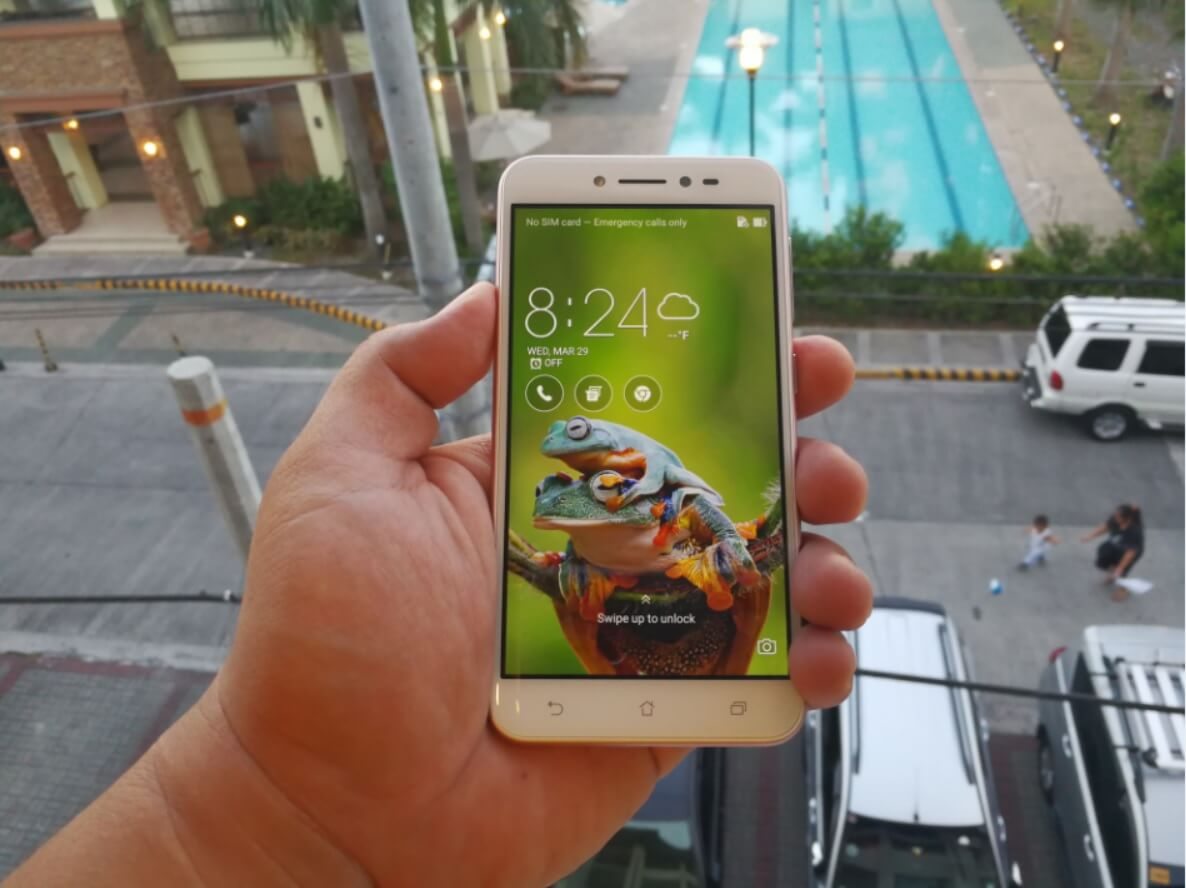 ASUS ZenFone Live Review; Beauty in Real-Time
