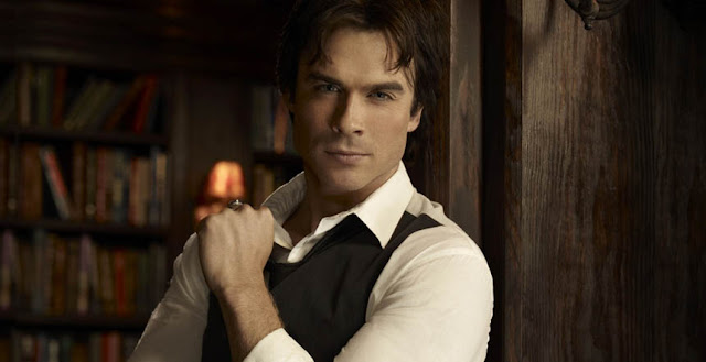 Ian Somerhalder es Damon Salvatore en The Vampire Diaries