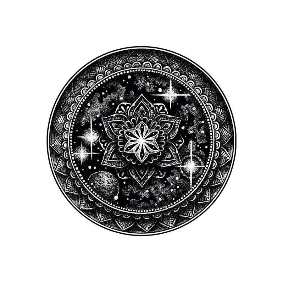 07-Tyler-Hays-Mandala-Drawings-www-designstack-co
