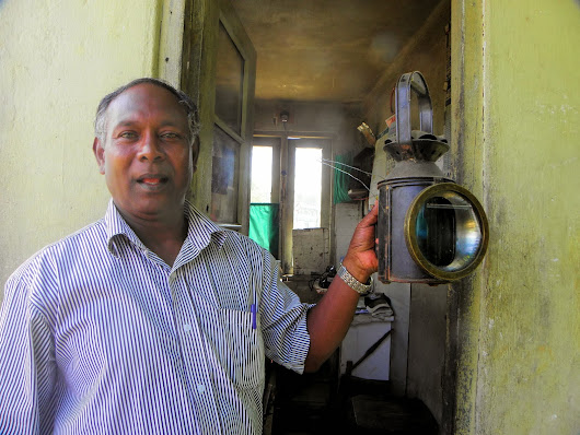 Railway Journeys and other railway articles: The Gateman at Getambe