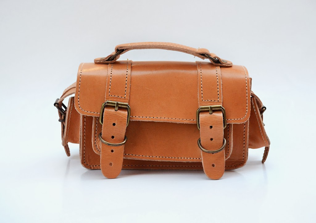 Δερμάτινη Τσάντα σε φυσικό χρώμα-BAG.026
