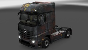 Rusted Mercedes MP4 paintjob mod