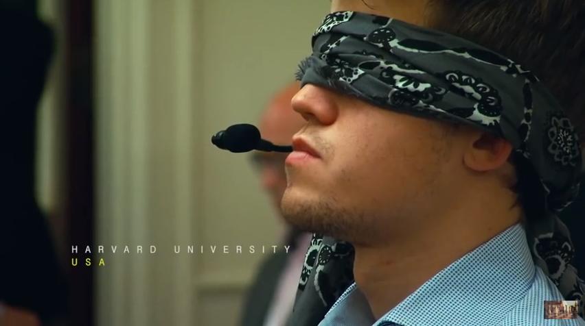 Un moment clé du film avec sa performance époustouflante lors d'une simultanée à l'aveugle au USA - Photo © site officiel