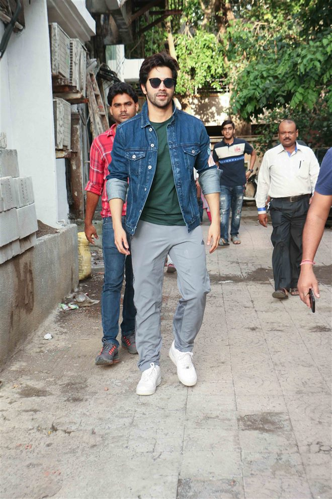 Varun Dhawan Spotted At Shoojit Sarkar Office