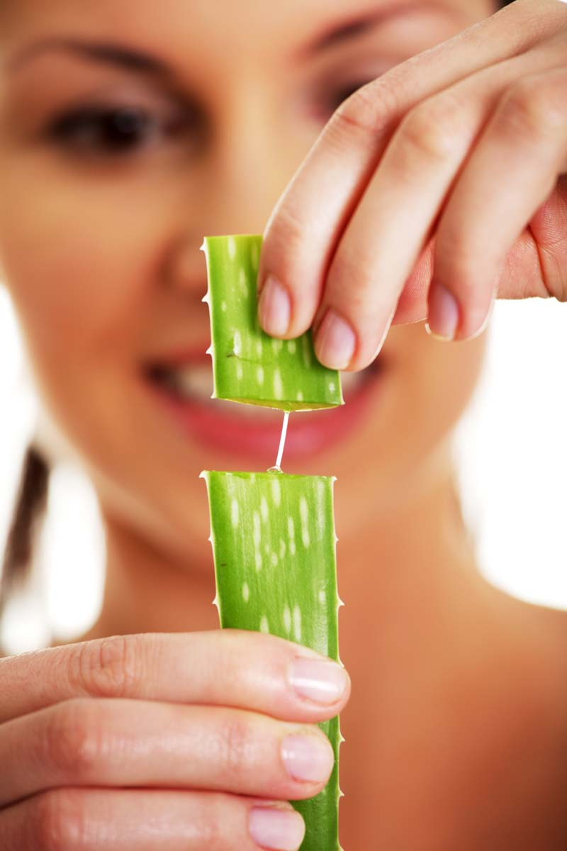 Amazing Benefits And Uses For Aloe Vera