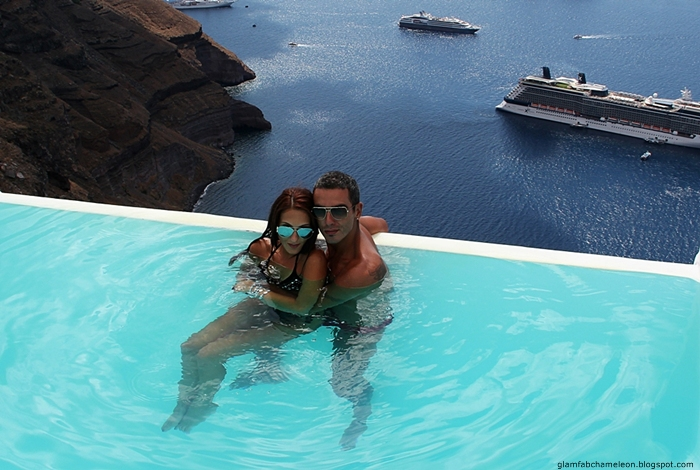 best Santorini honeymoon luxury hotels with infinity pool