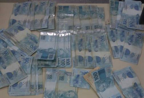 COE da PC desarticula bando e recupera R$ 13 mil roubados em Alagoinhas na agência do Banco do Brasil