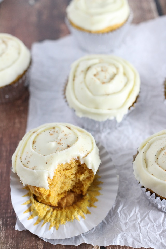 Mama Loves Food!: Pumpkin Spice Cupcakes with Eggnog Frosting